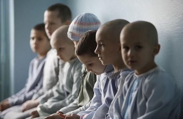 детей заразили гепатитом с